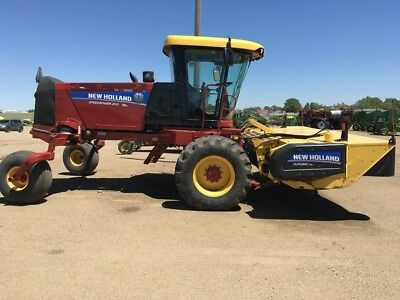 2014 New Holland speedrower 200 Swathers & Windrowers