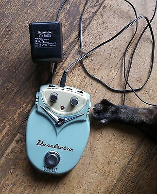Danelectro Cool Cat 18v Chorus Effects FX Pedal
