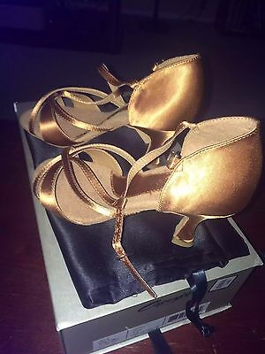 CAPEZIO Salsa Ballroom Latin Dance Satin Shoes Heels Size 5.5 Wide $139 NEW Box!