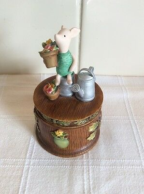 Rare Border Fine Arts Piglet Covered Box A2423 Gardening Pooh at Home