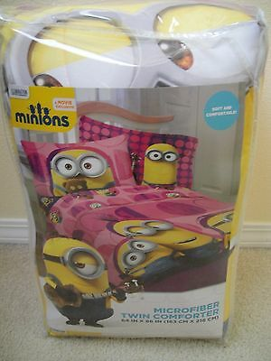 NEW Minions Despicable Me Pink Reversible Microfiber Twin Comforter