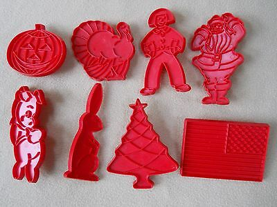 8 Vintage Tupperware Red Plastic Holiday Cookie Cutters /Santa/Pig/Flag/Bunny et