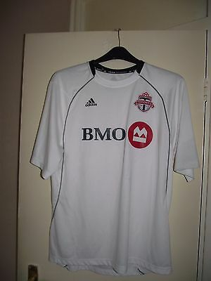 toronto fc adidas large football shirt from canada good cond