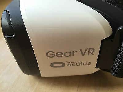 Samsung Gear VR Headset EXCELLENT CONDITION