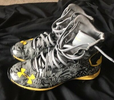 Under Armour BATMAN Alter Ego Highlight Clutch Fit Football Cleats  Size 5Y