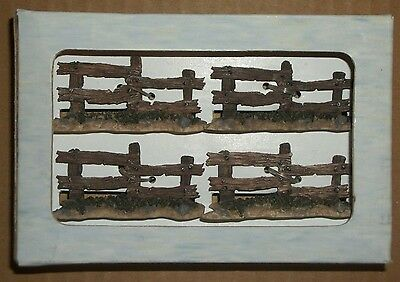 BOYDS BEARS & Hares WUNNERFUL BEARLY BUILT VILLAGE Accessory 19802 FENCES x4 New