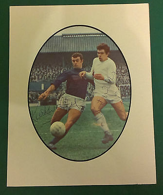 """KEITH WELLER, MILLWALL & HAZEL QPR - SIGNED PICTURE IN 10"""" x 8"""" MOUNT C1967-70"""