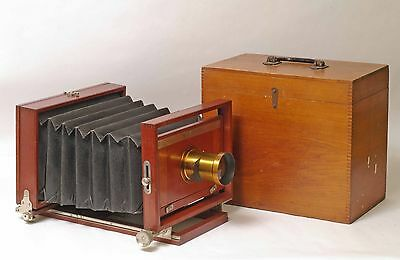 F59331~ Gorgeous Rochester Optical Peerless 5X8 View Camera & Lens & Case