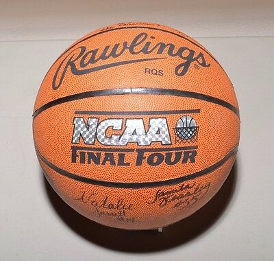 Signed Women's UCLA NCAA Final Four Basketball Bruins Year 2000 Roster