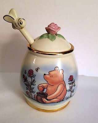 Lenox Fine China Disney Classic Winnie the Pooh Honey Pot Jar and Drizzler