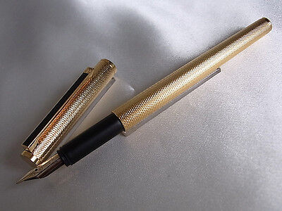 Dunhill Fountain Pen 14K Nib Gold Plated
