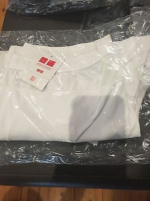 Uniqlo White & Green Tennis Shorts Mens Large
