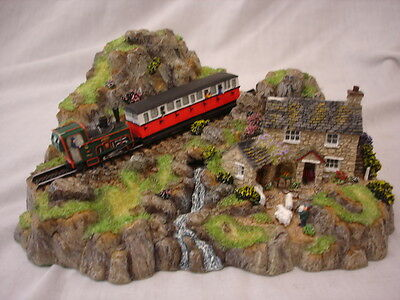 Danbury Mint The Little Mountaineer Country Lanes Collection By Jane Hart 17Cm L