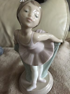 Genuine Nao By Lladro Figurine Of A Bowing Ballarina