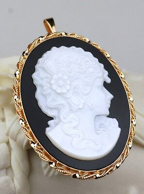 18K Yellow Gold Onyx & Mother Of Pearl Pin/pendant In Yellow Gold