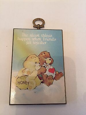 Vintage care Bears Wall Plaque 1983 'the Nicest Things Happen When Friends Get..