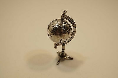Vintage Sterling Silver Miniature World Globe On Stand  Rs006