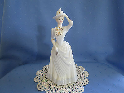 """Coalport Chantilly Lace Col.""""Dignity"""" Figurine"""