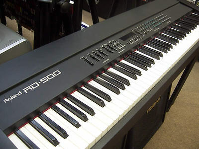 Roland RD500 88 full semi-weighted keys great SOUNDing Keyboard