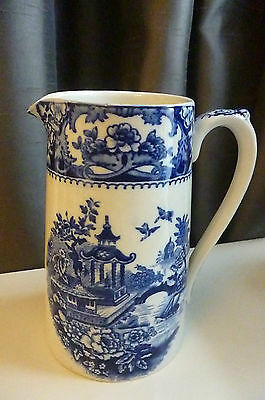 """Antique Blu & White Willow Patterned Jug 6"""" Tall"""