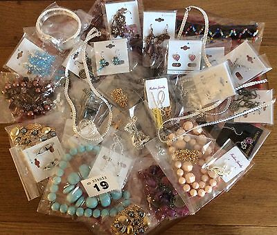 Job Lot of 50 Fab New Jewellery Items For Resale/Gifts/Fetes Etc