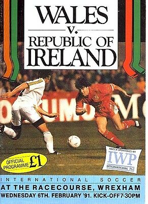 WALES v Republic of Ireland (Friendly @ Wrexham) 1991