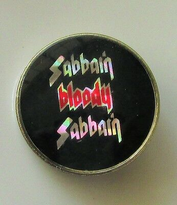 BLACK SABBATH  VINTAGE METAL PIN BADGE FROM THE 1980's MADE IN ENGLAND