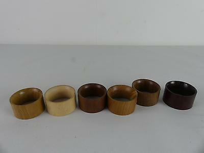 (ref003) Selection of vintage wooden napkin rings