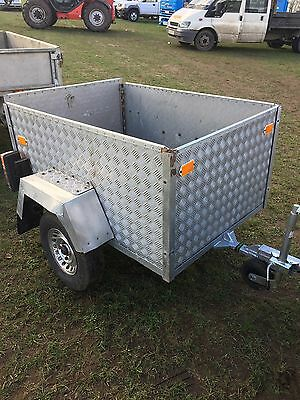 Small Quad Car Camping Trailer
