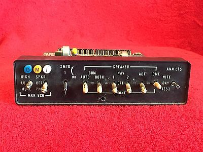 Cessna Audio Panel With Mbr P/n 0470430-2 With El Lighting Assy P/n 2470017-1