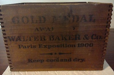 "Antique Dovetailed Wooden Gold Medal ""walter Baker & Co. Paris Exposition 1900"