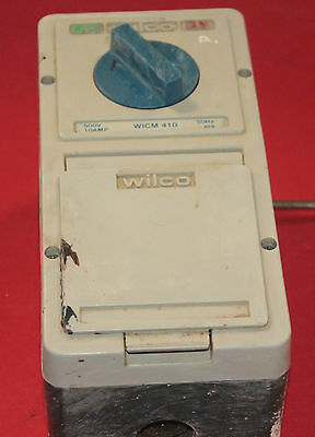 Power Outlet, 3 Phase 10 Amp 4 Pin Wilco With Switch