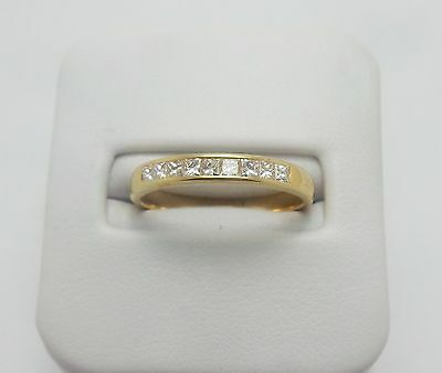 18Ct Yellow Gold Diamond Wedding Band Ring Valued @$1351 Comes With Valuation