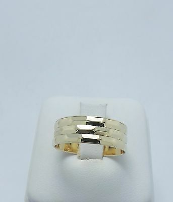 9ct YELLOW GOLD PATTERNED WIDE BAND RING- RING SIZE N 1/2