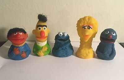SET OF 5 VINTAGE 1970's ORIGINAL SESAME STREET FINGER PUPPETS!!
