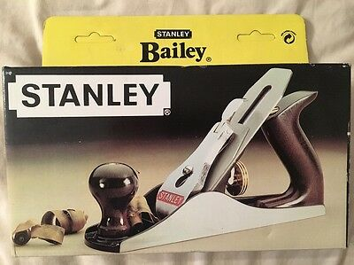 Vintage Stanley No. 4 Smoothing Plane - Bailey Plane - Woodworking Tools