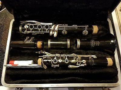 SELMER BUNDY Bb CLARINET JUST OVERHAULED AND BAND READY