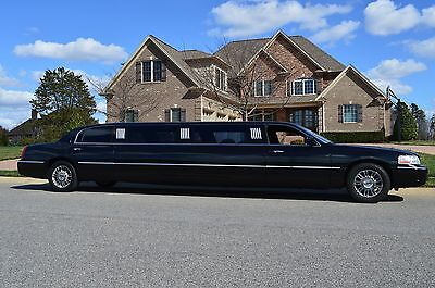 "2003 Lincoln Town Car Limousine Lincoln Town Car Super Stretch Limousine Royale 120"" Rental Ready Limo! LOOK!!!"