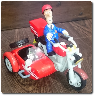 Postman Pat SDS motorbike and sidecar with Postman Pat and Jess figures