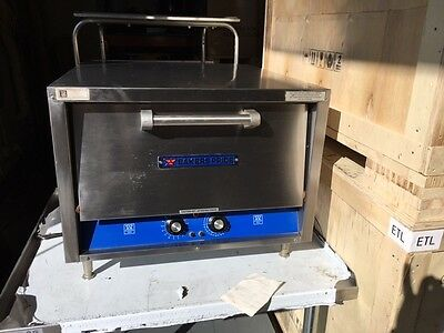 Bakers Pride P22 Electric Pizza Oven