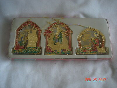 MINT BOXED Vtg CHRISTMAS AROUND THE WORLD BRASS NATIVITIES NATIVITY 3D ORNAMENTS