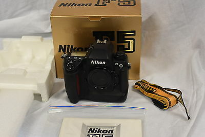 Nikon F5 35mm Film Camera Body with Accessories - Serviced