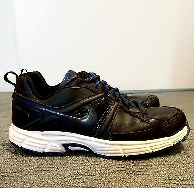 Boys Nike Running Shoes Size 6Y