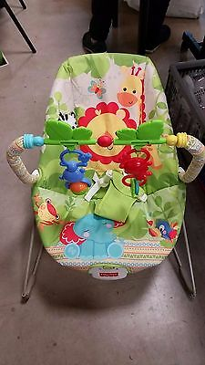 Fisher Price Rainforest Friends Baby Bouncer, Vibrating Chair Seat