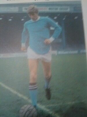 Colin Bell MANCHESTER CITY TYPHOO TEA FOOTBALL CARD NR MINT CONDITION