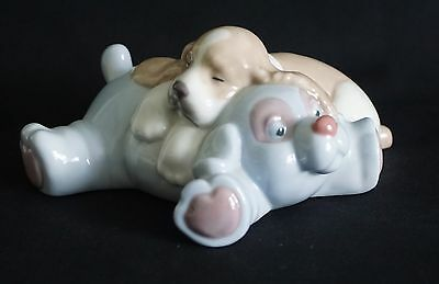 Nao By Lladro Dreamland Friends ( 1462 ) - Retired