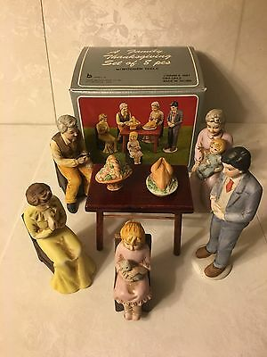 A Family Thanksgiving Fine Porcelain Set Of 8 Pieces 1987