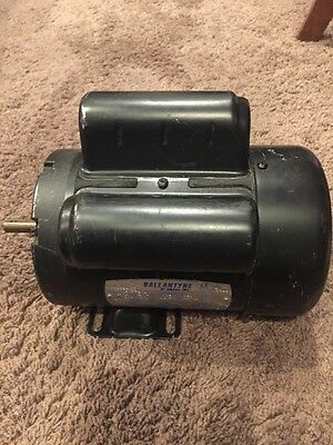 "Ballantyne Motor 1/4HP 1500/1800  220V/115V  50/60 Cycles  48Y TEFC 1/2"" shaft"