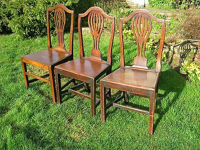 George III provincial fruitwood dining chairs (A Pair)