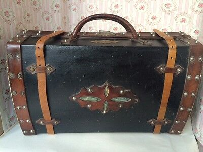 DOLL Antique Trunk French